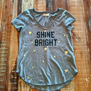 Hollister Shine Bright Gray Short Sleeve Tee XS